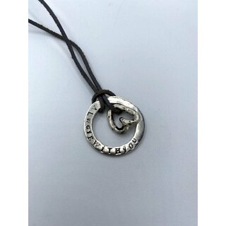 UNPERFEKT PERFEKT - Halskette mit Herz aus Silber gestempelt